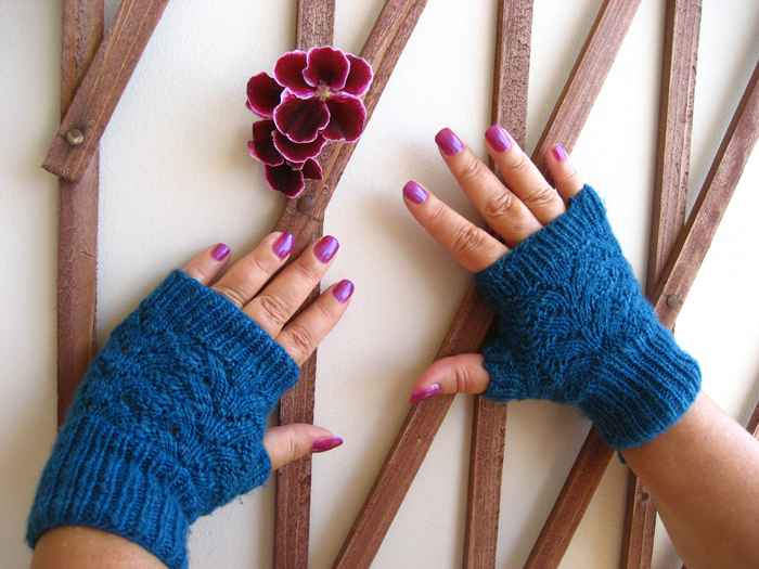 Nordic Lace Fingerless Mitts Knitting Pattern