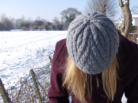 Zigzag Hat A Knitting Pattern From Buttons And Beeswax