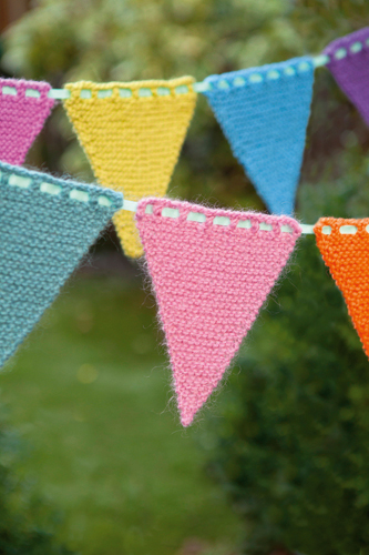 Free Knitted Bunting Pattern Buttons And Beeswax